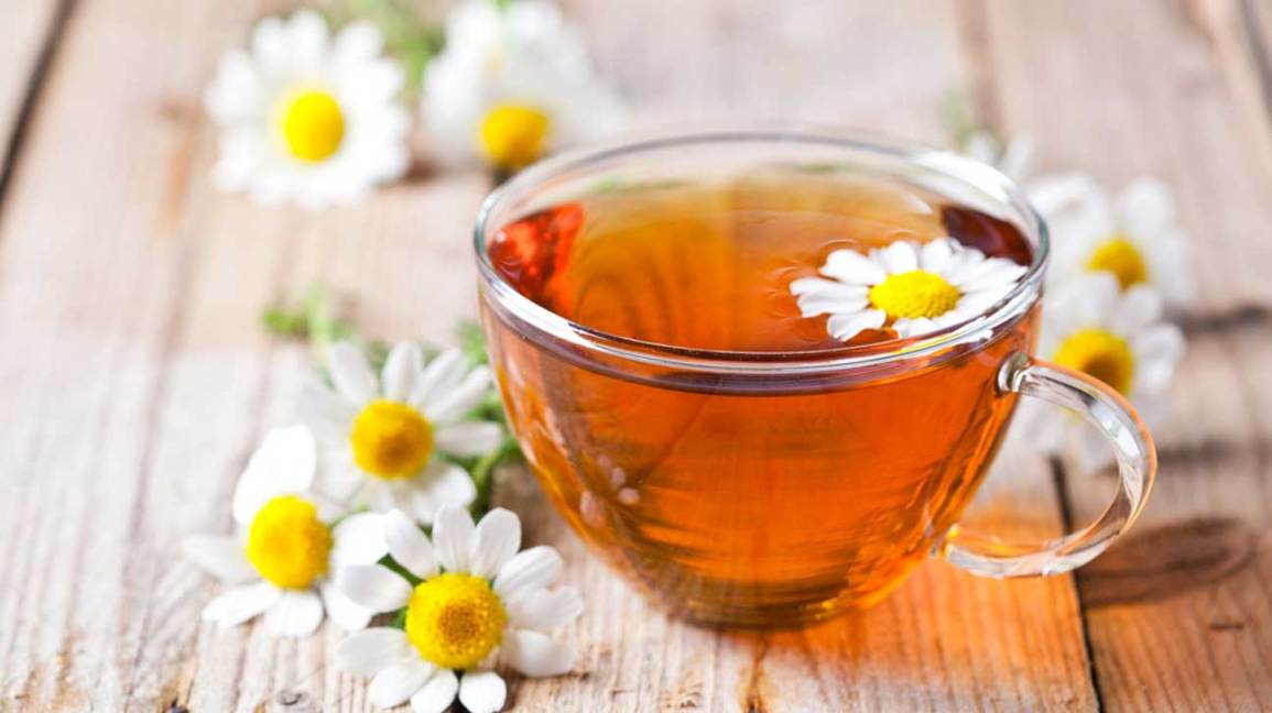 7 Best warm flower teas to drinks in cold weather