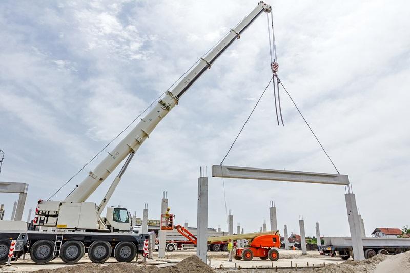 Rigging Crane